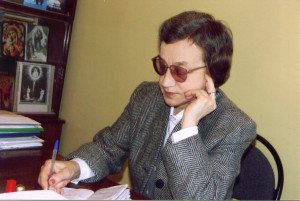 В.Т. Дорожкина в своём кабинете в ТОДБ
